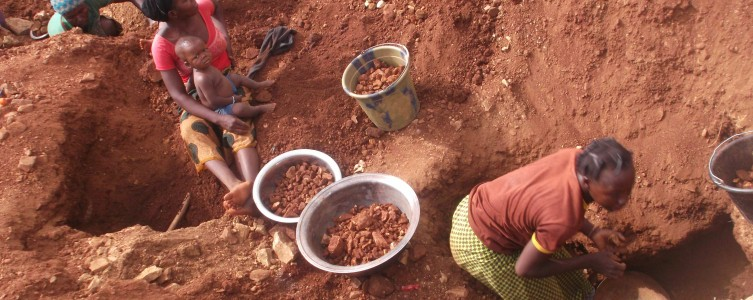 Gold panning diagnostic for Gryphon Minerals – Burkina Faso