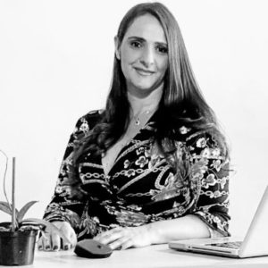 Adriana Castaño